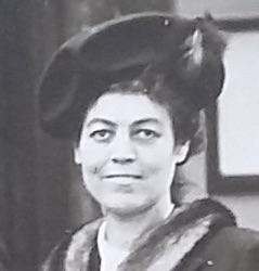 Portrait Gabrielle Sevette 1949